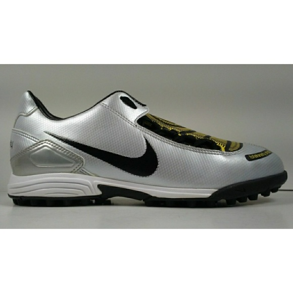 ab84bb3df7ca 2007 Nike Total90 Shoot Turf Soccer Cleats